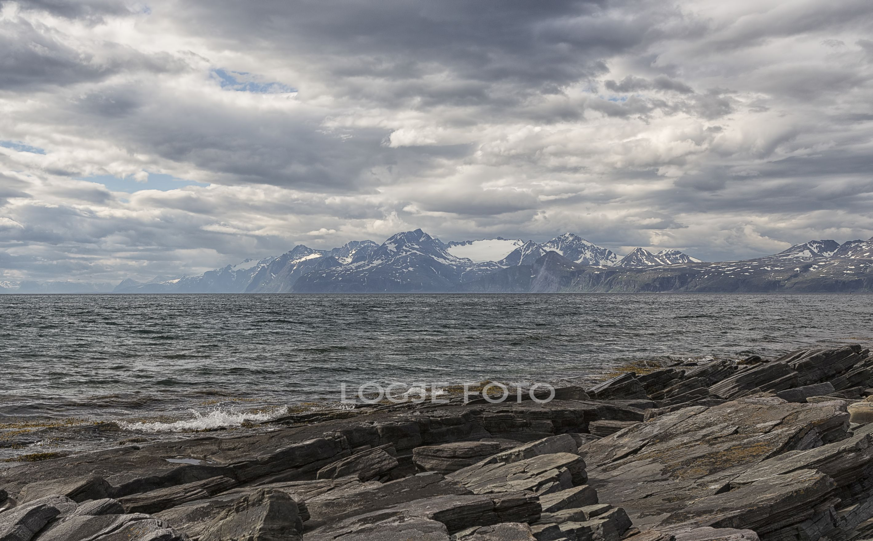 Diferent angle of the Lyngen alps #1
