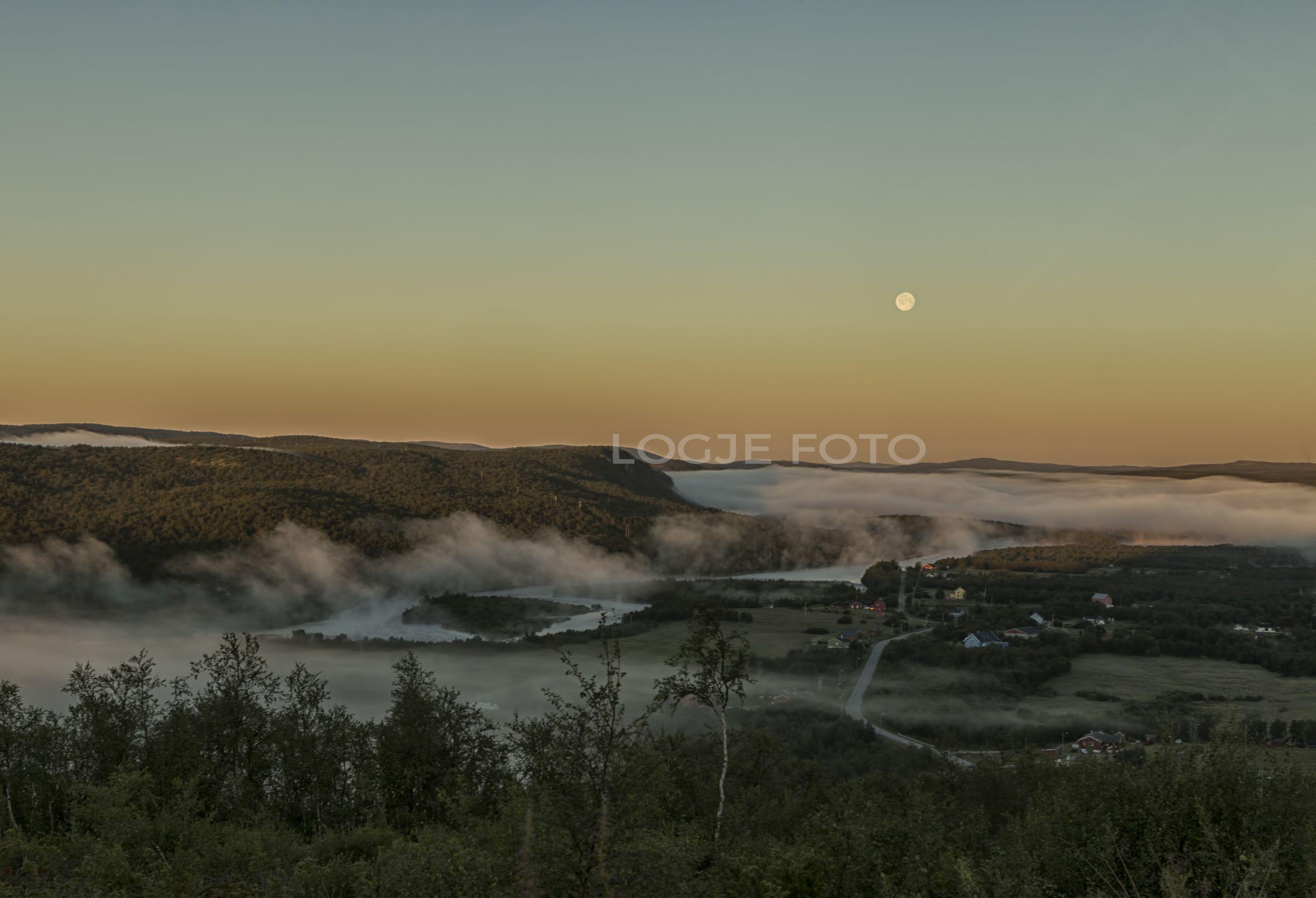 Full moon over the village Mazi